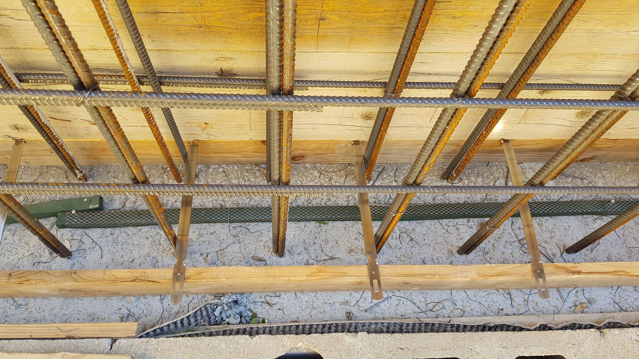 costruzioni nuove, case, annessi rurali, garage, capannoni artigianali, serre. dallo scavo alle rifiniture interne ed esterne
