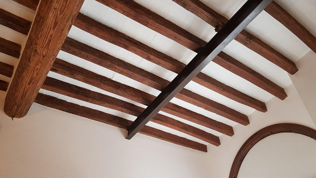 piano di manutenzioni programmate per i vostri immobili intervenendo anche in urgenza per riparazioni e messa in sicurezza.